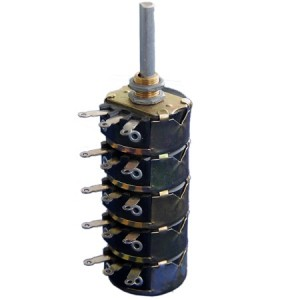 potenciometro-de-fio-quintuplo-eixo-aluminio-4-watts-de-5r-a-50k-fk-607-1